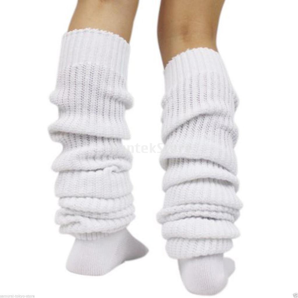 Японка в белых носках 4 фотография