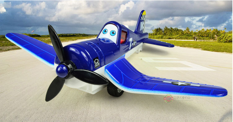 The Planes SKIPPER 20*15.5*5CM Flasing Plastic Vehicles Toys Gifts Models Collection(China (Mainland))