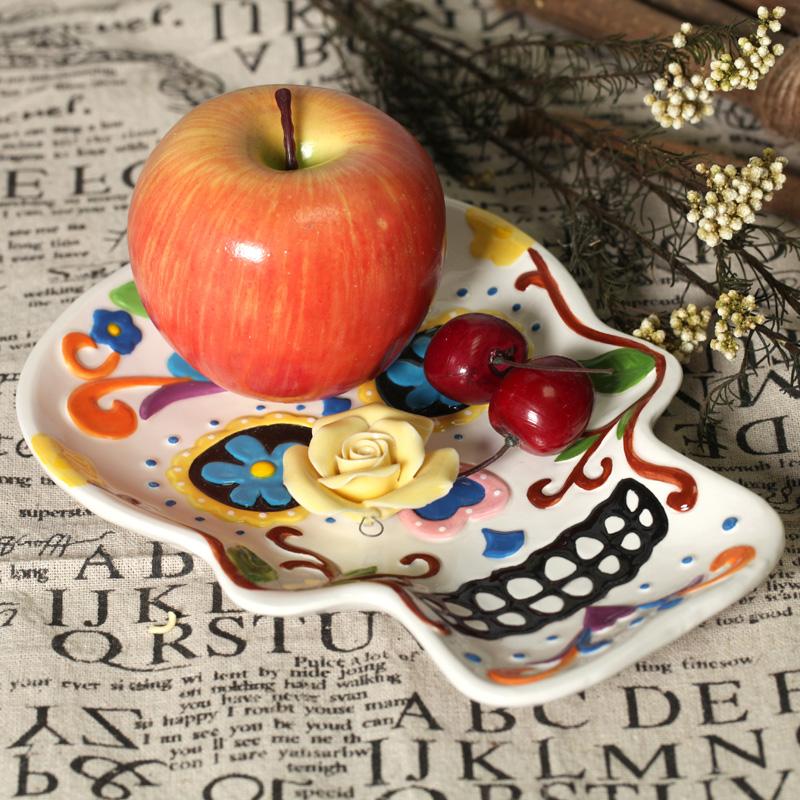 Skull hand painting plate ceramic dish fruit plate salad plate wall decoraton home deco Halloween deco gift(China (Mainland))