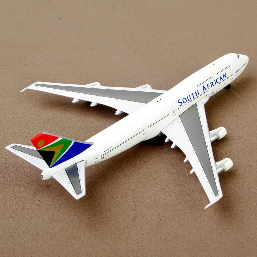Inflight 500 Collectible Model Airplane 1:500 Scale Boing 747-300 South African Airways Aircraft Diecast Airplane Model Gift(China (Mainland))