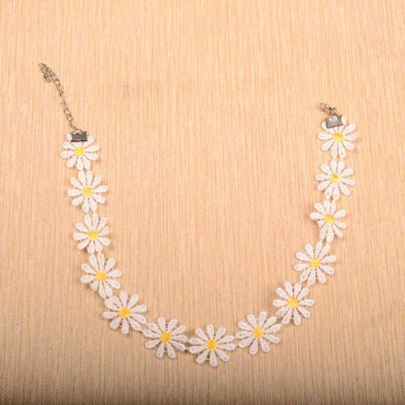 Sweet White Lolita Lace Choker Cute Daisy Flower Yellow Collar Necklace Jewelry(China (Mainland))