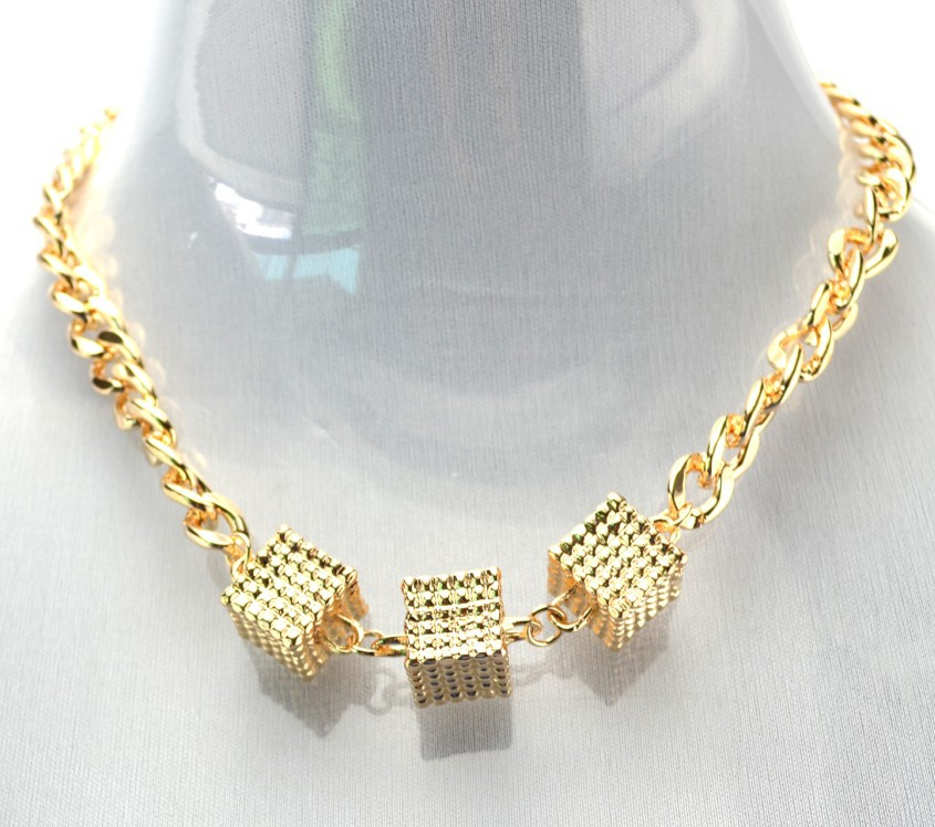 New Europe Style Gold plated link chain cube pendant Choker Necklace(China (Mainland))