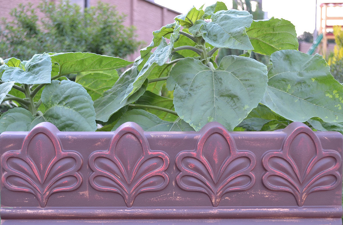 ANTIQUE EDGING MOULD PLASTIC MOLD EDGE STONE CONCRETE PAVING MOULD FENCE Flowers Pattern Fence Maker for Garden Decoration(China (Mainland))