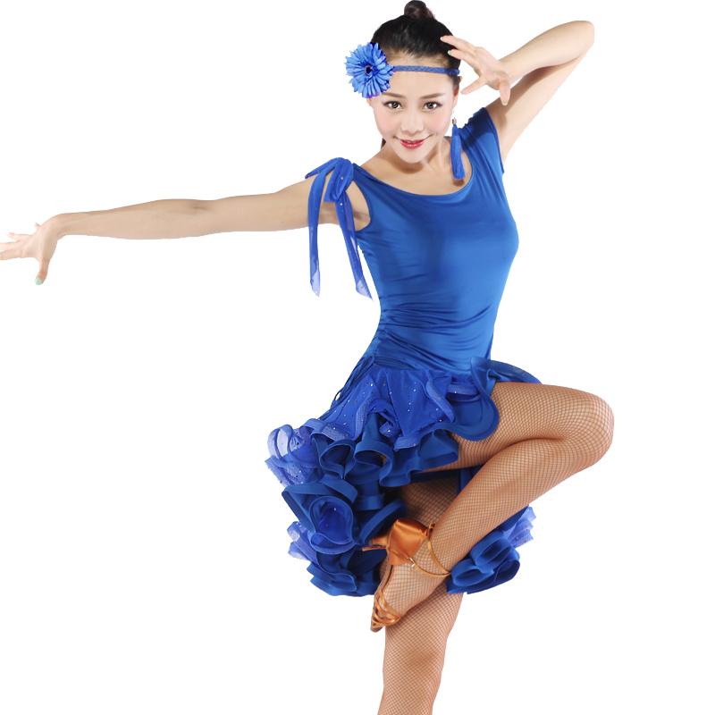 hot latino girl dancing № 490654