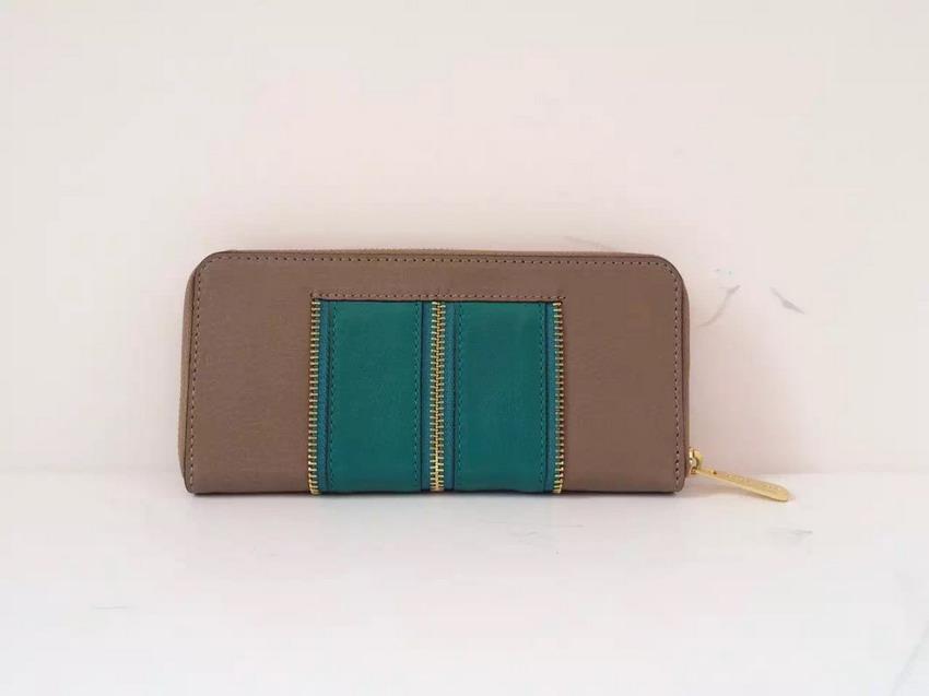 Здесь можно купить  AE909 Fashion bicolor patchwork quilted grapheme logo genuine leather Women lady girl money clip Wallet Purse card Holder ms  Камера и Сумки