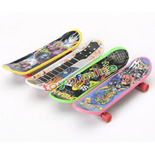 High Quality Cute Party Favor Kids children Mini Finger Board Fingerboard Skate Boarding Toys Gift Kids Random Free shipping(China (Mainland))