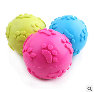 Pet supplies The new dog toy rubber foot ball 6 cm pet dog toys products free shipping(China (Mainland))