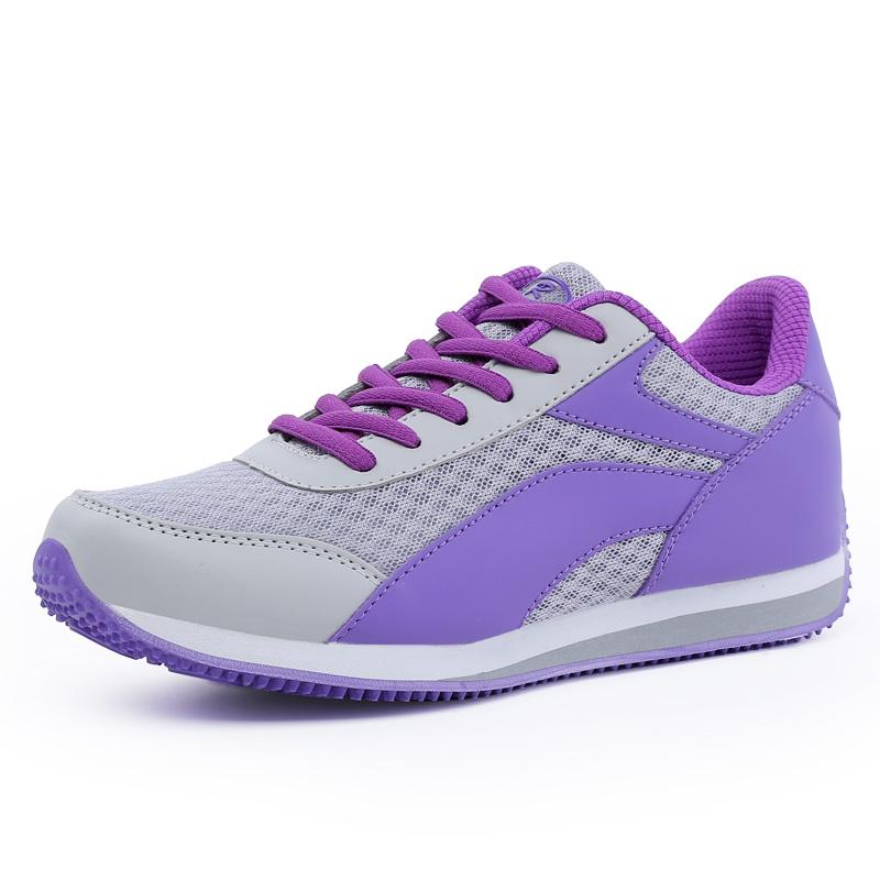 Модные спортивные кроссовки 2017 женские