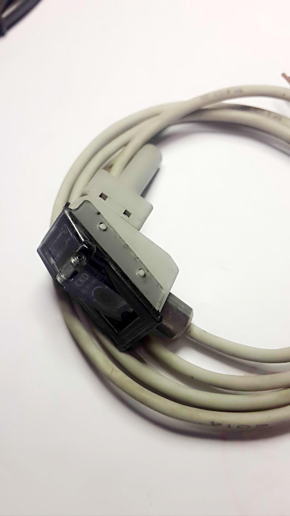 Фотография Original authentic Japanese CKD five-way solenoid valve PPE - P10 - H6 - B stock