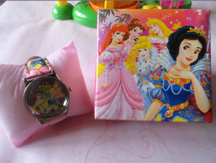 Free Shipping Promotion Wholesales Cute Dora Cartoon Children Watch 10pcs/lot &amp;Good Gift with box<br><br>Aliexpress