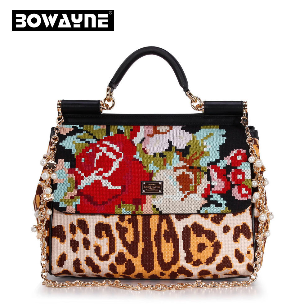 Limited edition luxury fashion Embroidered flowers bag chain Mobile Messenger bags Printing large package Stitch handbags(China (Mainland))