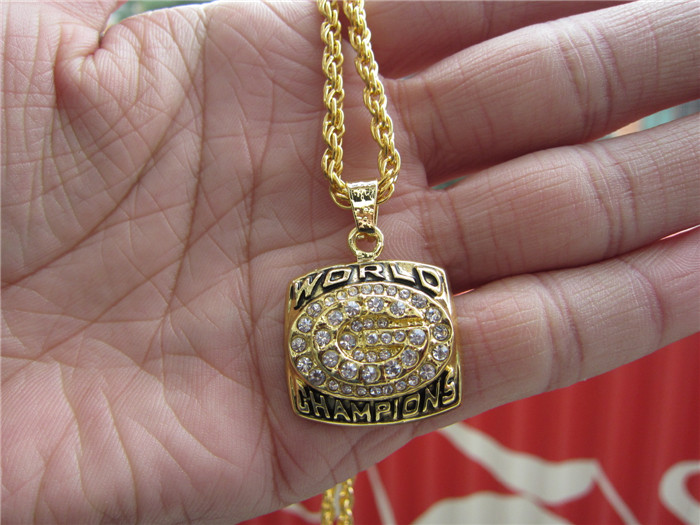 High quality 1996 GREEN BAY PACKERS SUPER BOWL CHAMPIONSHIP Pendant Necklace With 24 inches Chain Fan Brithday Gift(China (Mainland))