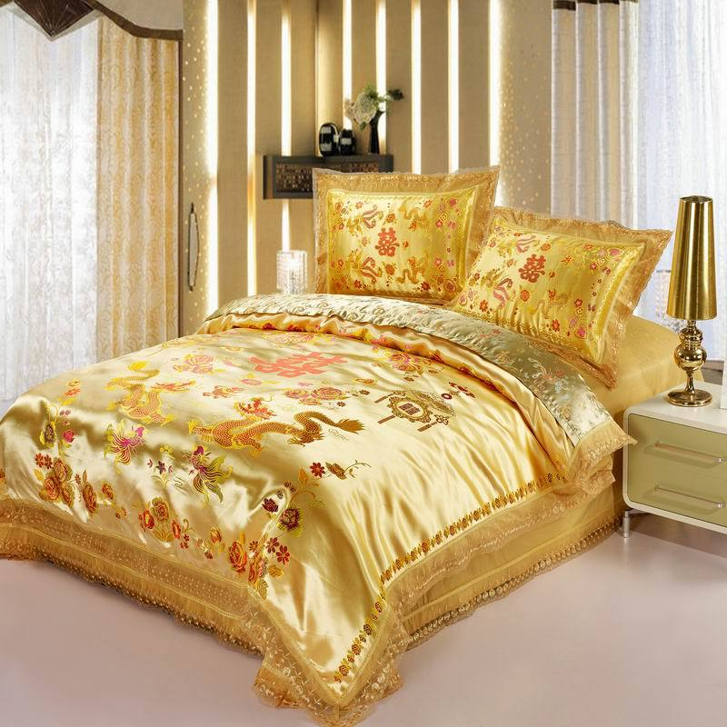 Red satin comforter set Dragon/ phoenix chinese Wedding Bedding set print Modern suits Jacquard Bedclothes queen/king size Gold(China (Mainland))