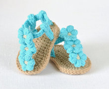 free shipping,Crochet Baby flip flop sandals, baby Summer sandals ,CROCHET Baby Sandals with Little Puff Flowers 9cm,11cm,13cm(China (Mainland))