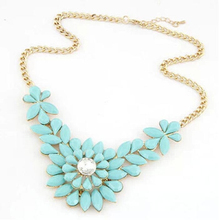 Creative Fashion Rhinestone Necklace Flower Choker Necklace Beautiful Color Attractive Choker Necklace(China (Mainland))