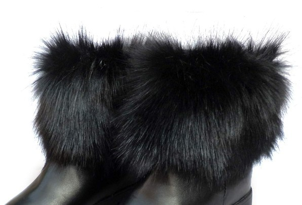 2015 new style for woman Hot Sale Fur Decorated Thick Waterproof Warm Boots Black(China (Mainland))