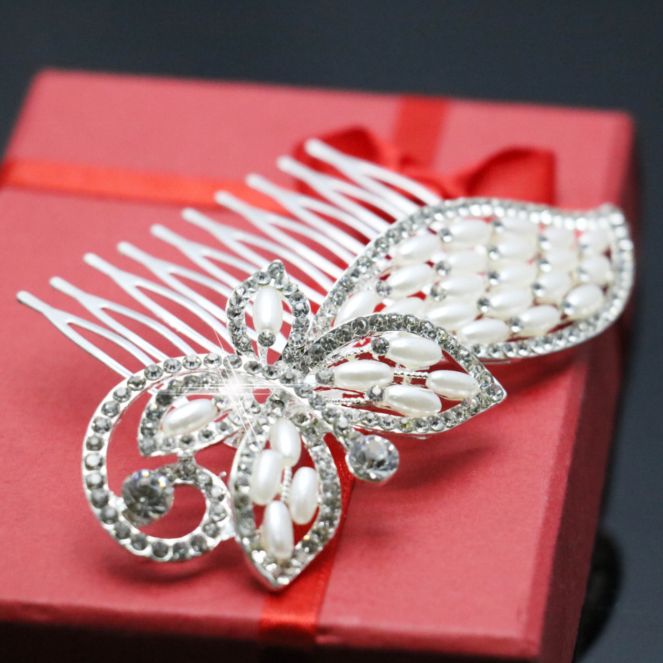 2015 Wedding Crystal Butterfly Hairpin Headwear Pearl Jewelry Accessories Fashion Hair Comb Hair Clips For Women Female Gift(China (Mainland))