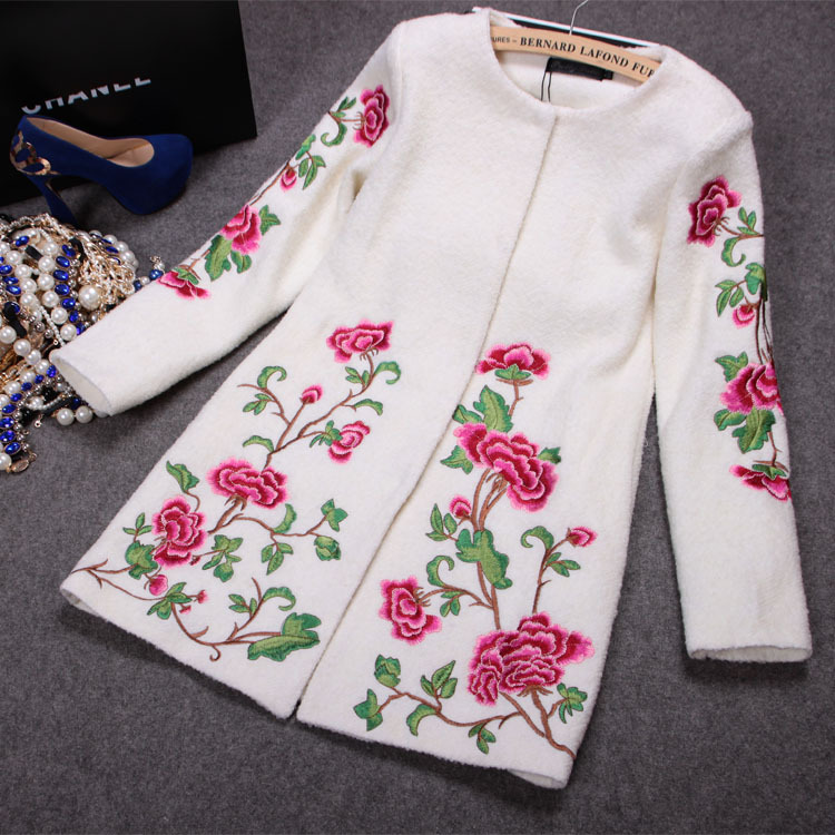 Women Winter Coats 2015 New Arrival Brand Design Floral Embroidery Wool Winter Long Jackets Plus Size Coat chaquetas mujer LS026(China (Mainland))