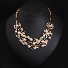Simulated Pearl Necklaces & Pendants Gold Plated Leaves Statement Necklace Women Collares Ethnic Jewelry for Personalized Gifts(China (Mainland))