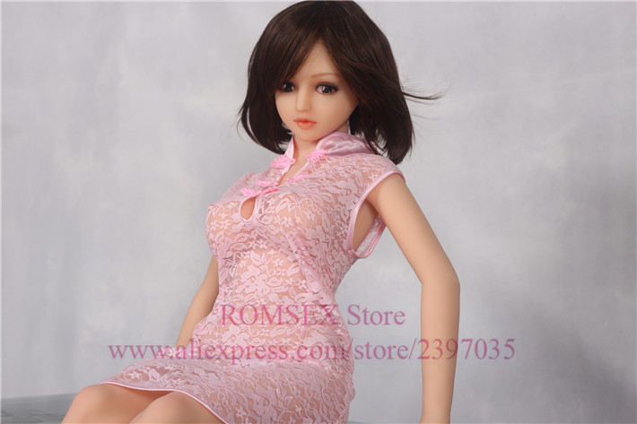 Cute 136cm Sex Doll Drop Shipping Life Size Full Solid Silicone Sex Doll Small With Metal Skeleton Japanese Silicone Sex Doll(China (Mainland))