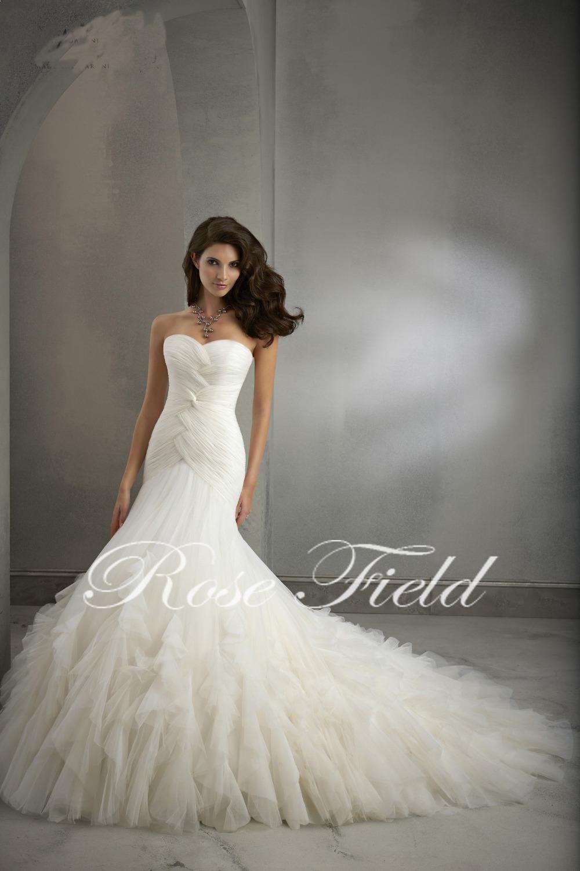 Elegant sweetheart neckline pleats on the bodice tulle for Tulle trumpet wedding dress