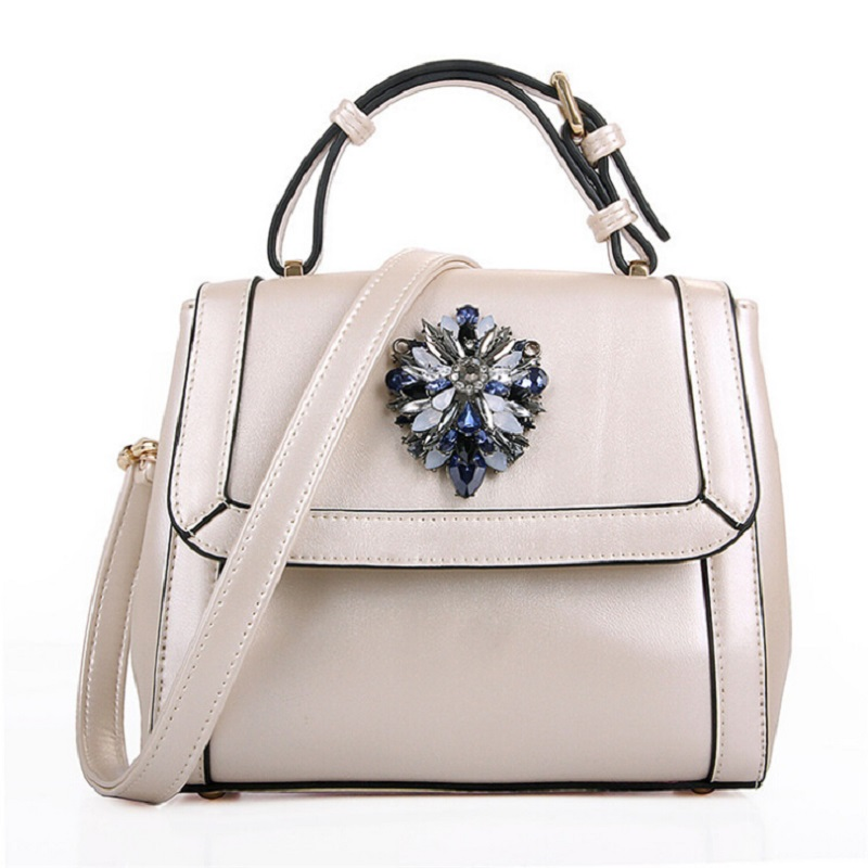 2010 Autumn New Womens Shoulder Bag Leather Personality Noble Handbag Diamonds Flower Women Luxury Messenger Bags<br><br>Aliexpress