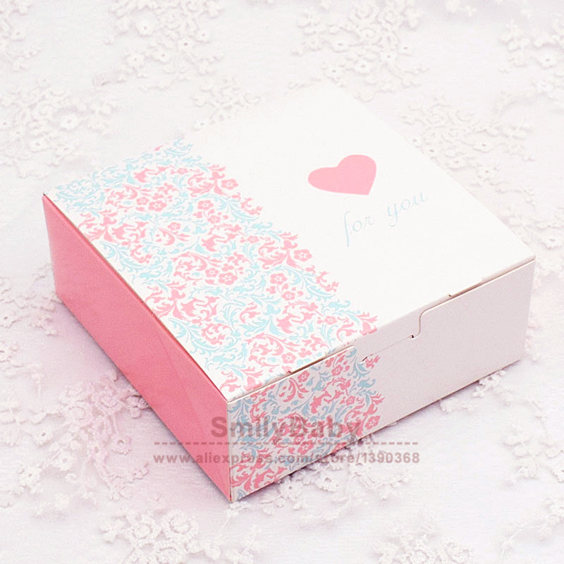 25pcs Half Floral Print Paper box DIY party gift package Lovely Candy cake box 13.2*13.2*5cm(China (Mainland))