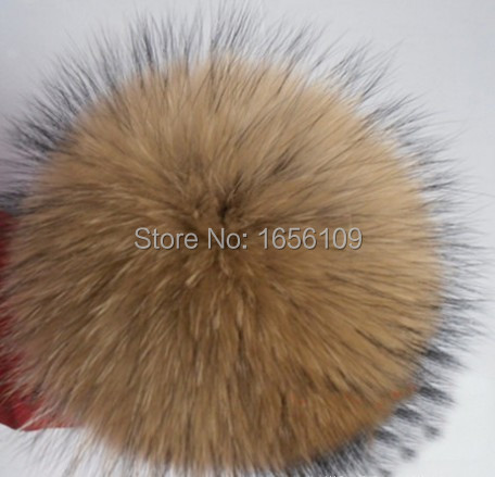 2pcs 10 cm Genuine Raccoon fur pom poms fur balls DIY for Children Knitted Cap Gloves Keychain Beanies Jewelry Accessories(China (Mainland))
