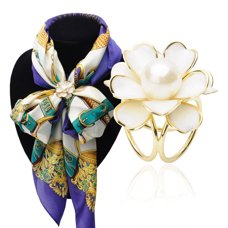 Simple 2 colors For Choose Drip Camellias Imitation Pearls Tricyclic Scarf Buckle Dual Purpose Scarf Clip for women jewelry(China (Mainland))