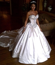 Luxurious Crystal Rhinestone Princess Wedding Dresses 2016 Sweetheart Taffeta Cathedral Train Christmas Ball Gowns Bridal Gowns(China (Mainland))