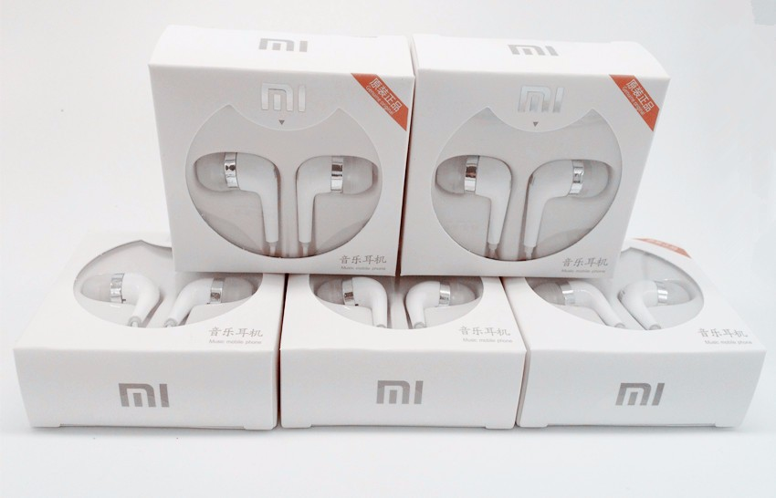 Free Shipping High Quality In-Ear Wired Earphone With MIC&Remote Headset for XIAOMI M2 M3 FOR iPhone 5 6 HTC Samsung