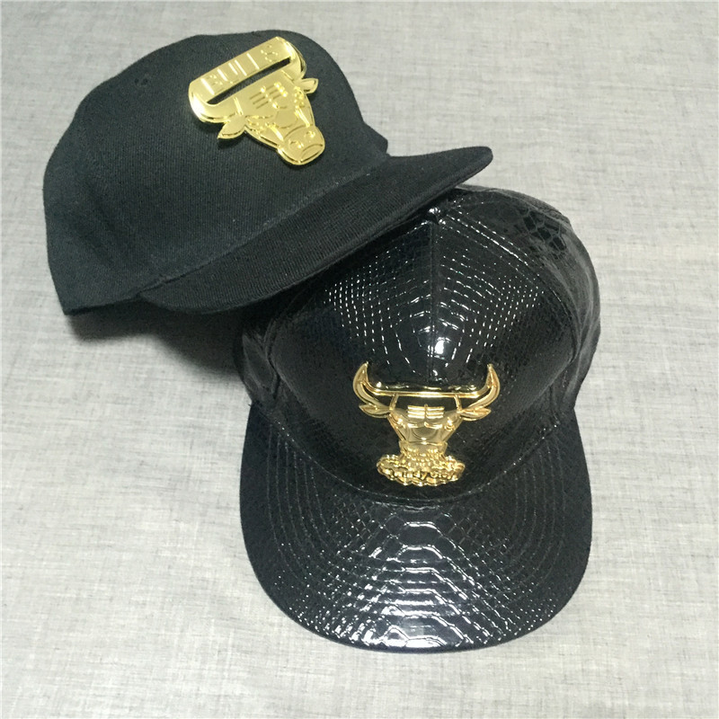 High Quality Men Fashion Bulls Leather Snapback Baseball Cap Hip Hop Hat(China (Mainland))