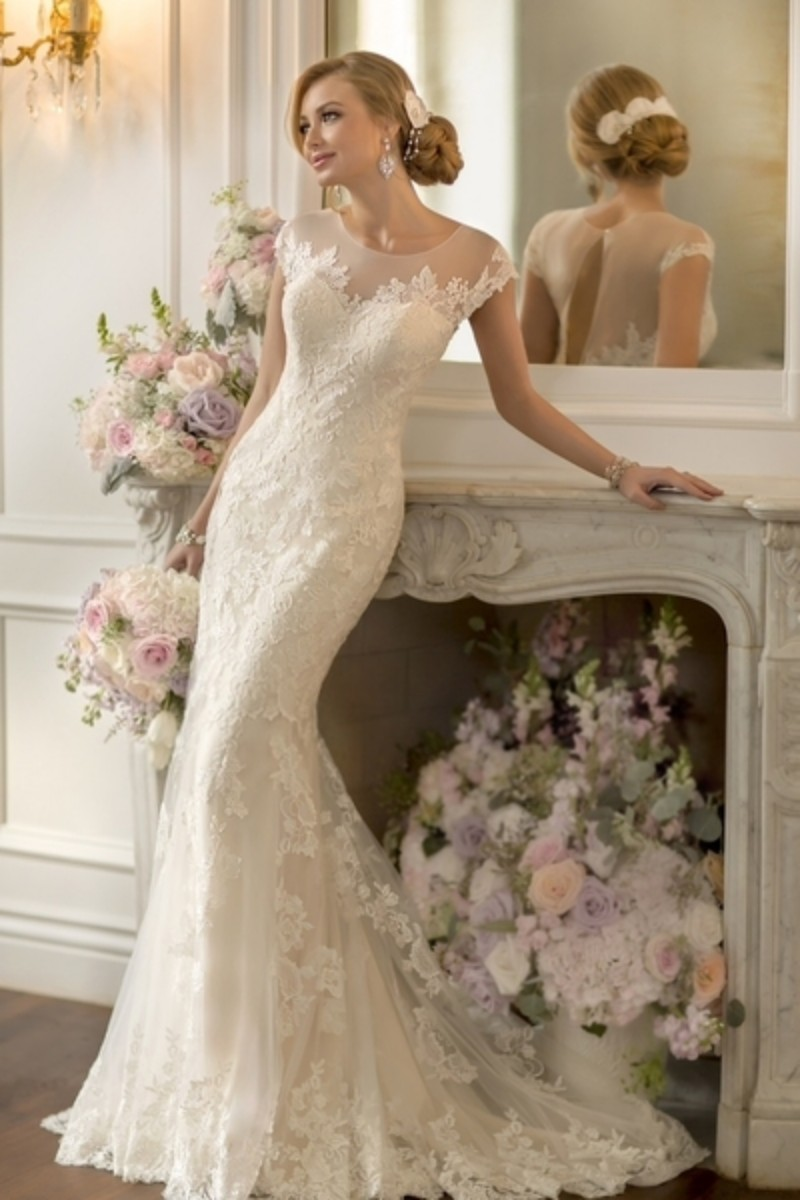 2016 Fashionable Mermaid Wedding Dresses High Neck Lace Bridal Gowns Keyhole