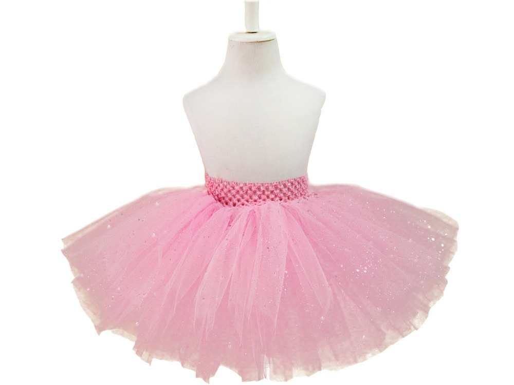 Skirts & Tutus. Filter & Sort (87 products) Skirts & Tutus. 1 - 1 - 87; Let our collection of lovely girls dance skirts complete your look. From floaty, mesh back panel skirts and tutus to sequin and lace styles, we have the skirt that you need for class or performance. Powered by-.