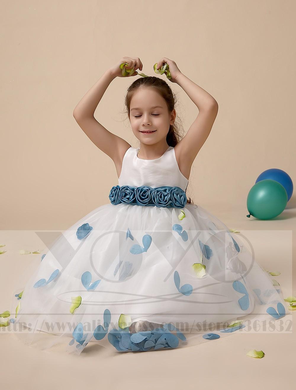 Скидки на Тюль платье-линии кот маленькие девочки платья с серо-синий створки свадебные ну вечеринку дети девочки платья торжества платья