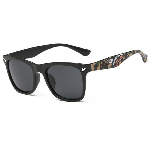 Новый дизайн бренда личность акула-образный солнцезащитные очки женщины красочные ...