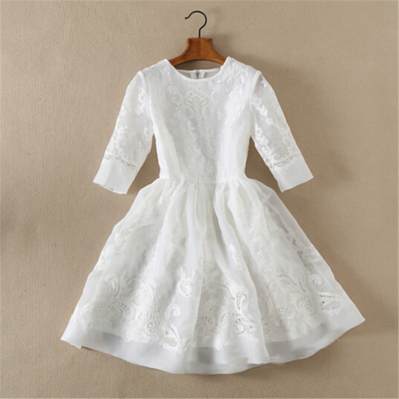 Stunning ! New 2016 spring summer brand fashion women white organza ball gown dress luxury hollow out embroidery dresses casual(China (Mainland))