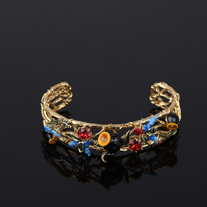 France Les Nereides Fashion Beautiful Flower Enamel glaze Gold Pleated Bangle Bracelet(China (Mainland))