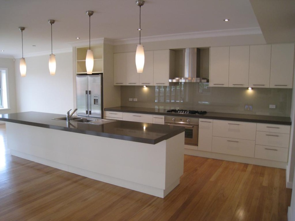 Huge straight kitchen furniture with island in center(China (Mainland))
