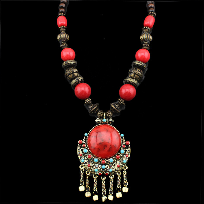 Fashion Jewelry Victoria Style Wooden Chains Turquoise Resin Snail Flower Pendant Necklaces TN208(China (Mainland))