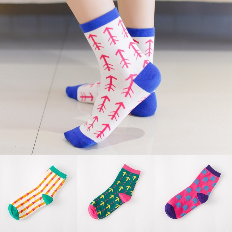 20pcs=10pairs cotton socks socks wholesale Android products Korea vertical stripes leisure socks cotton socks free shipping(China (Mainland))