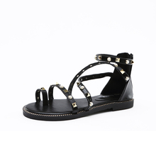 Rivet Cross Tied Women Flat Sandals Casual Black Thong Sandal Back Zipper Women Roman Summer Shoes Clip Toe Gladiator Sandals(China (Mainland))