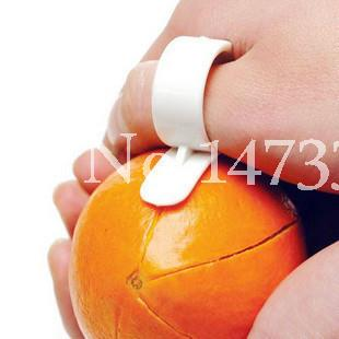 High quality Hot Home Plastic Clever ring opener for Orange opener Peelers 5PCS/bag wholesale Free shipping(China (Mainland))