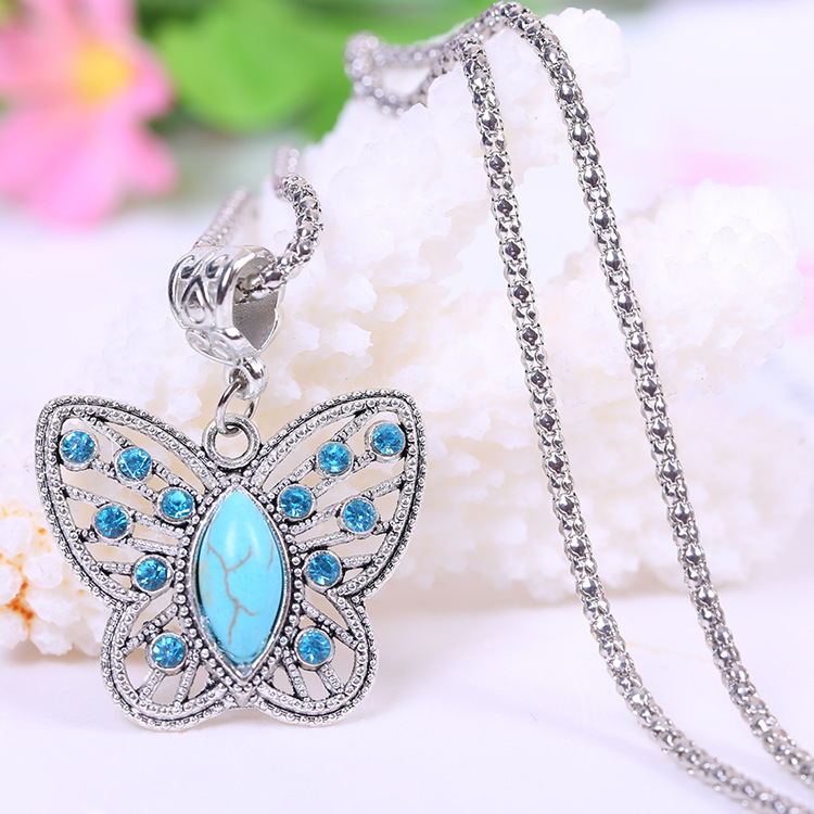 2015 summer style pendants necklace Fashion Butterfly Turquoise Necklaces Jewelry Vintage Tibetan Silver Pendants(China (Mainland))