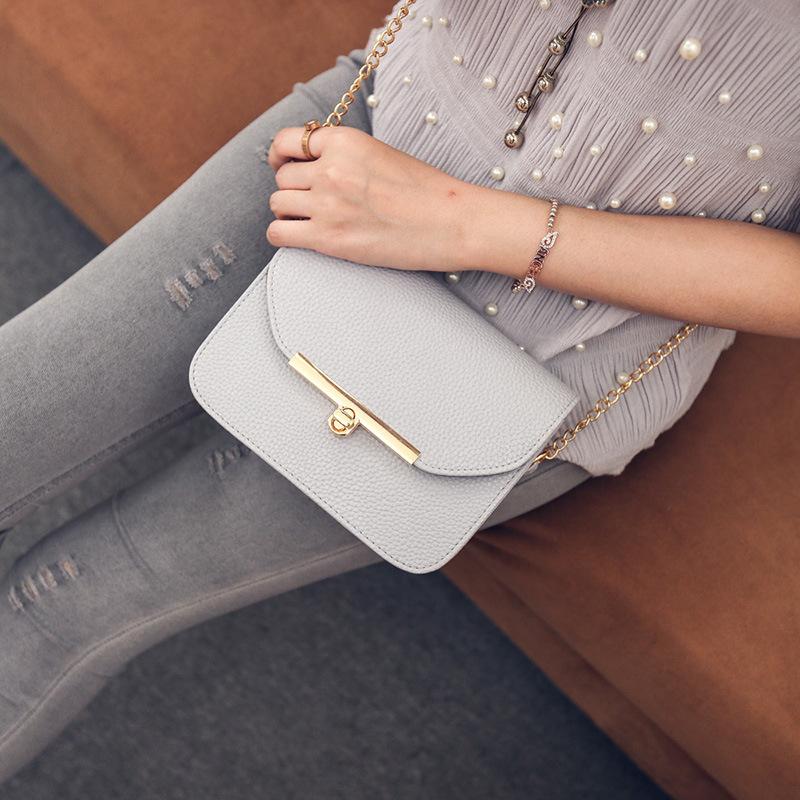 2016 new Summer PU leather fashion Women bag Chain Small Crossbody Bag Brand Designer Messenger Bag Cute flap shoulder Bag Black(China (Mainland))