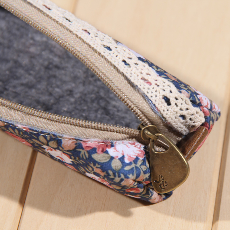 New fresh points flower pencil bag beauty of simplicity pencil case office school pen bags(China (Mainland))