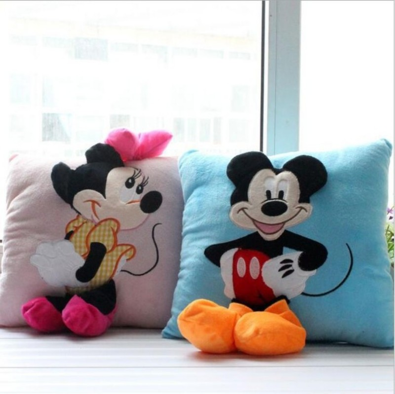 2016 Hot Sale 3D Mickey Mouse and Minnie Mouse Plush Pillow Anime Cartoon Mickey and Minnie Plush Toys Kids Gift free shipping(China (Mainland))