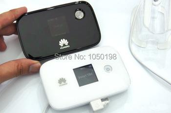 Huawei E5786s-32 4G LTE Cat6 300Mbps MiFi - unopened/sealed box, not locked