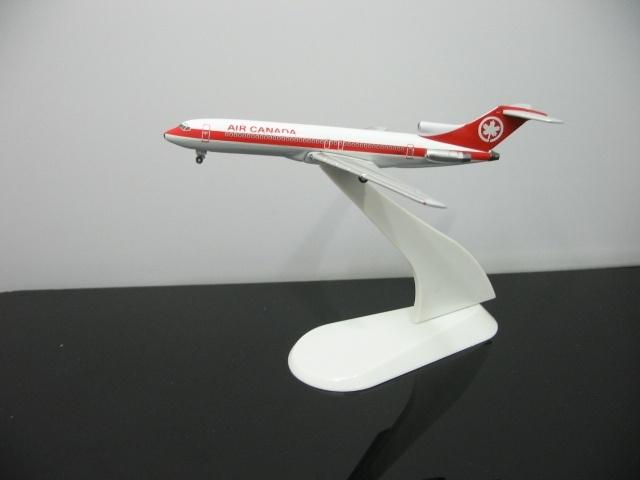 1:500 Air Canada C-GAAQ Boeing 727-233 aircraft model aircraft(China (Mainland))