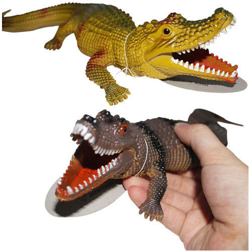 1pcs Crocodile Shaped Stress Relief Squeeze Beep Screaming Toy H0001152(China (Mainland))